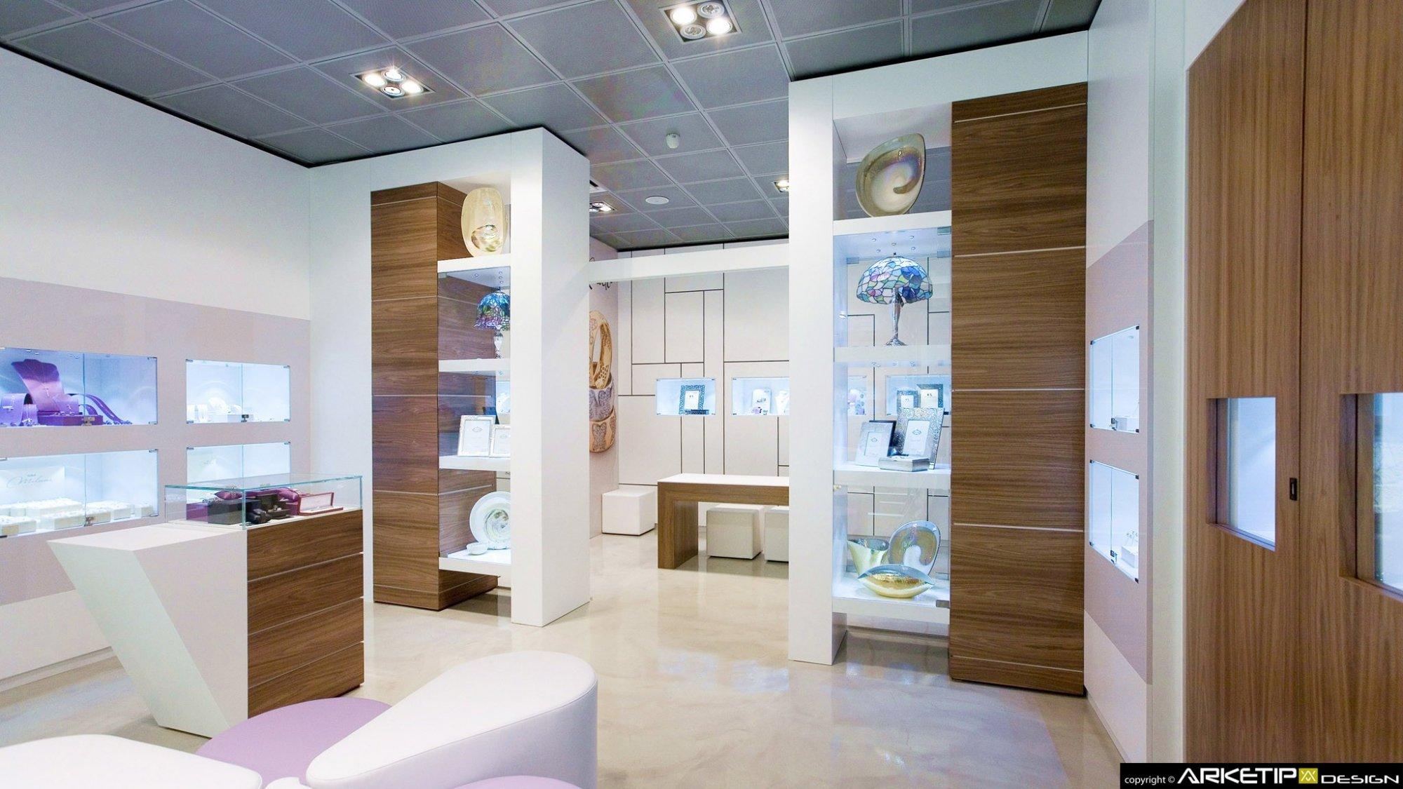 Arredamento gioielleria gammino gioielli milano for Gioielli design
