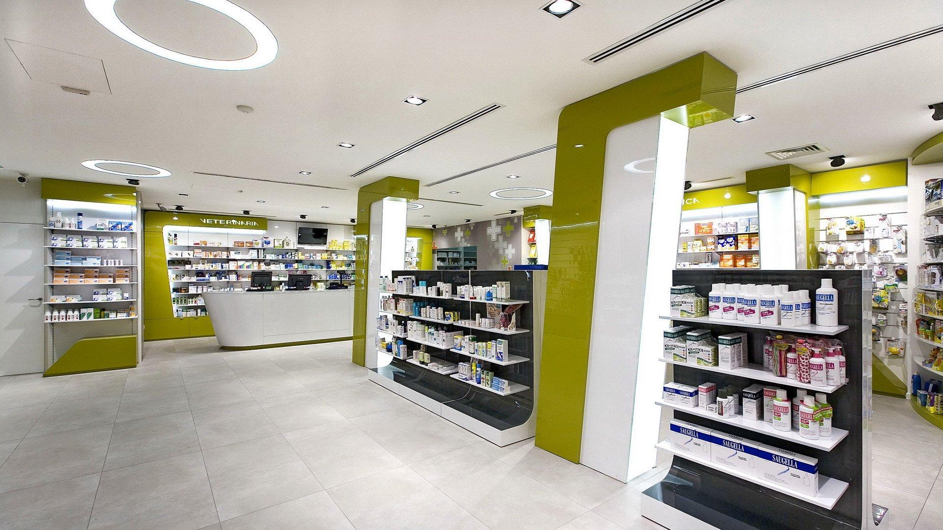 Arredamento farmacia img with arredamento farmacia for Bottigelli arredi farmacia