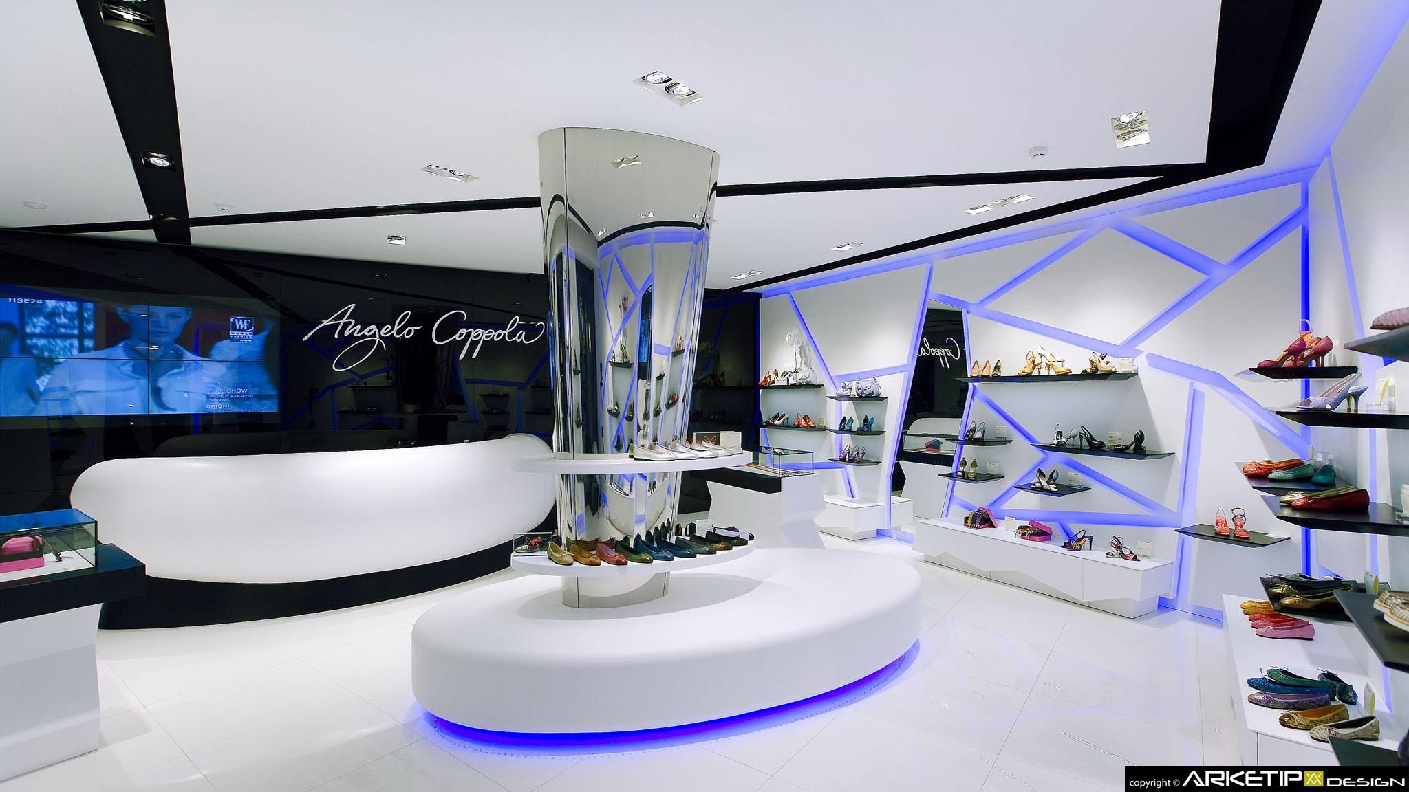 Arredamento negozio calzature angelo coppola monza for Arredamento negozi