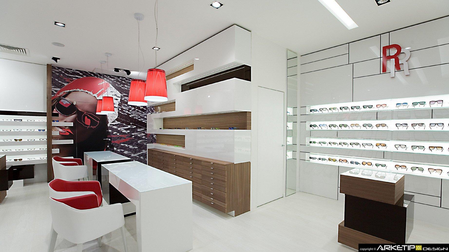 arredamento ottica roveda negozio ottica milano